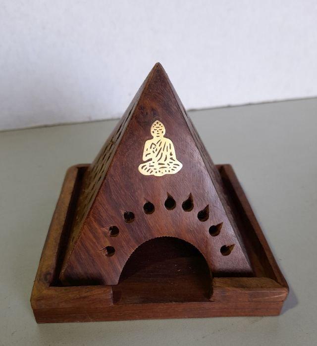 Wooden cone pyramid 10 x 13cm