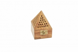 Wooden cone hut 7.5cm square