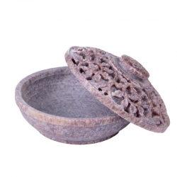 Sstone with lid 10 wide x 6cm - Click for more info
