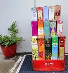 Hem cardboard disp Tall/Garden